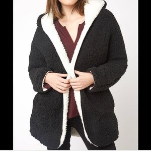 Unveil Reversible Faux Shearling Teddy jacket